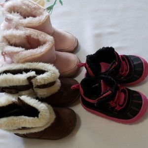Baby girl winter snow boots size 4 lot